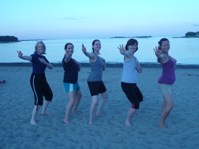 intenSati at the beach